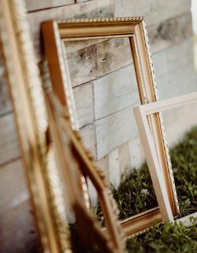 Obrazové prázdne rámy do fotokútiku k svadobnej výzdobe